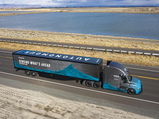 Daimler przetestuje autonomiczne ciężarówki poziomu 4