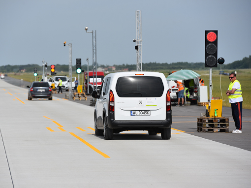 Testy Red Light na Lotnisku Warszawa-Radom