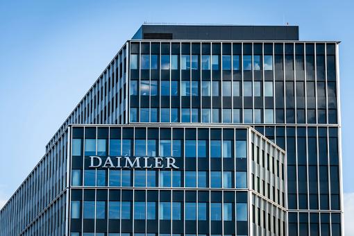 Daimler: z poszanowaniem praw człowieka